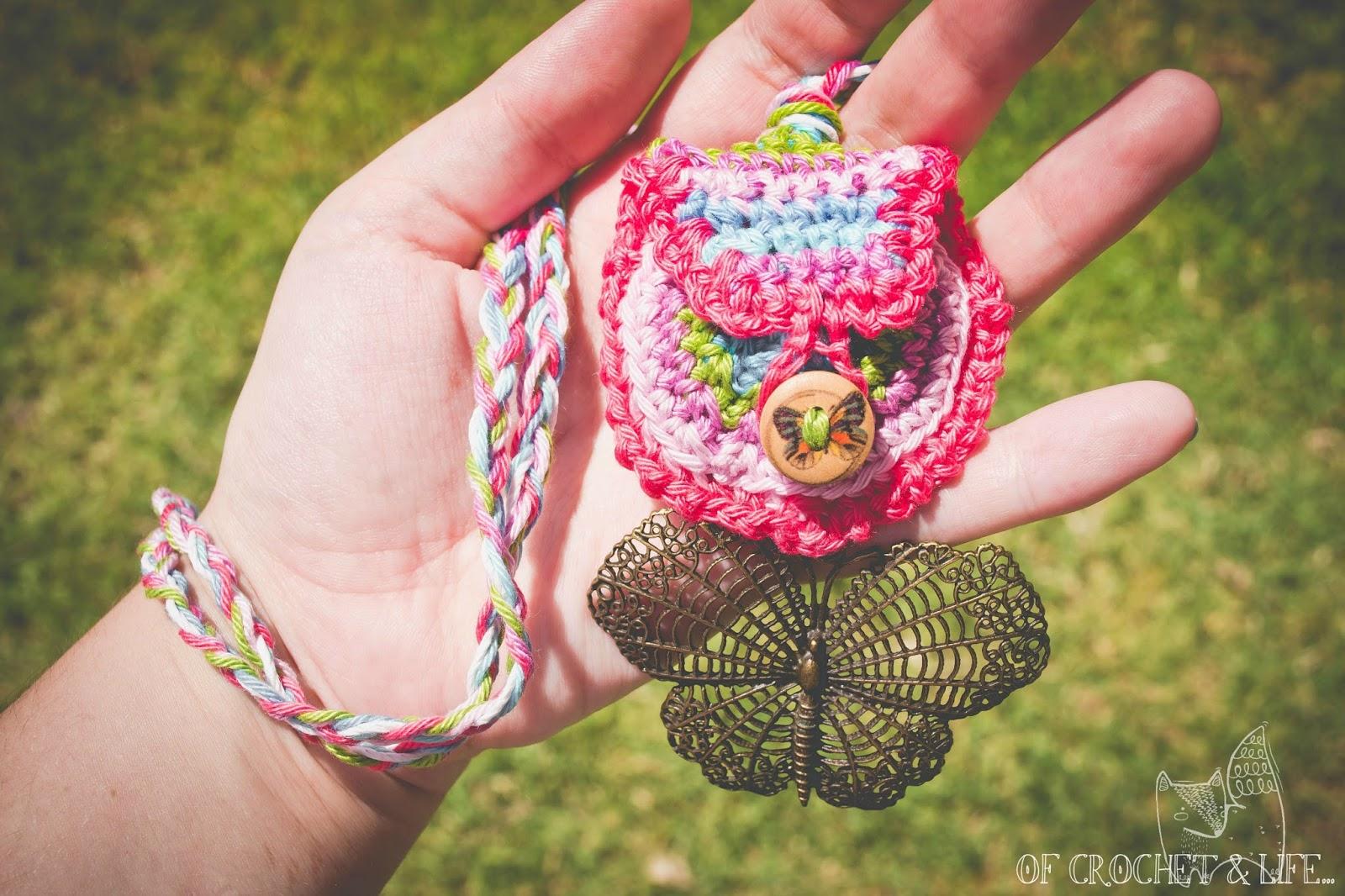 Of Crochet and Life...: Crystal Mandala Medicine Bag