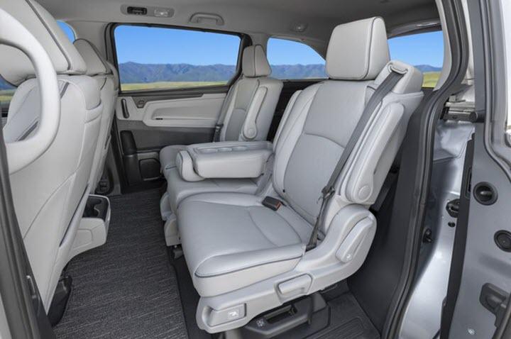 Honda Odyssey 2021 có giá từ 31.790 USD