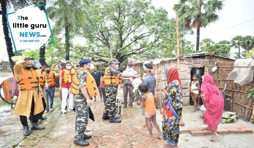 एसएसबी के द्वारा बाढ़ ग्रस्त क्षेत्रों में राहत सामग्री का किया गया वितरण