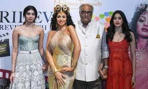 Janhvi And Khushi Unveil 'Hawa Hawai' Wax Statue At Madame Tussauds Singapore