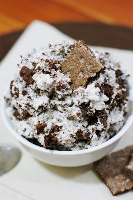 Chocolate Fluff   www.thekitchenismyplayground.com