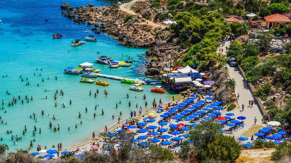 خليج كونوس - قبرص