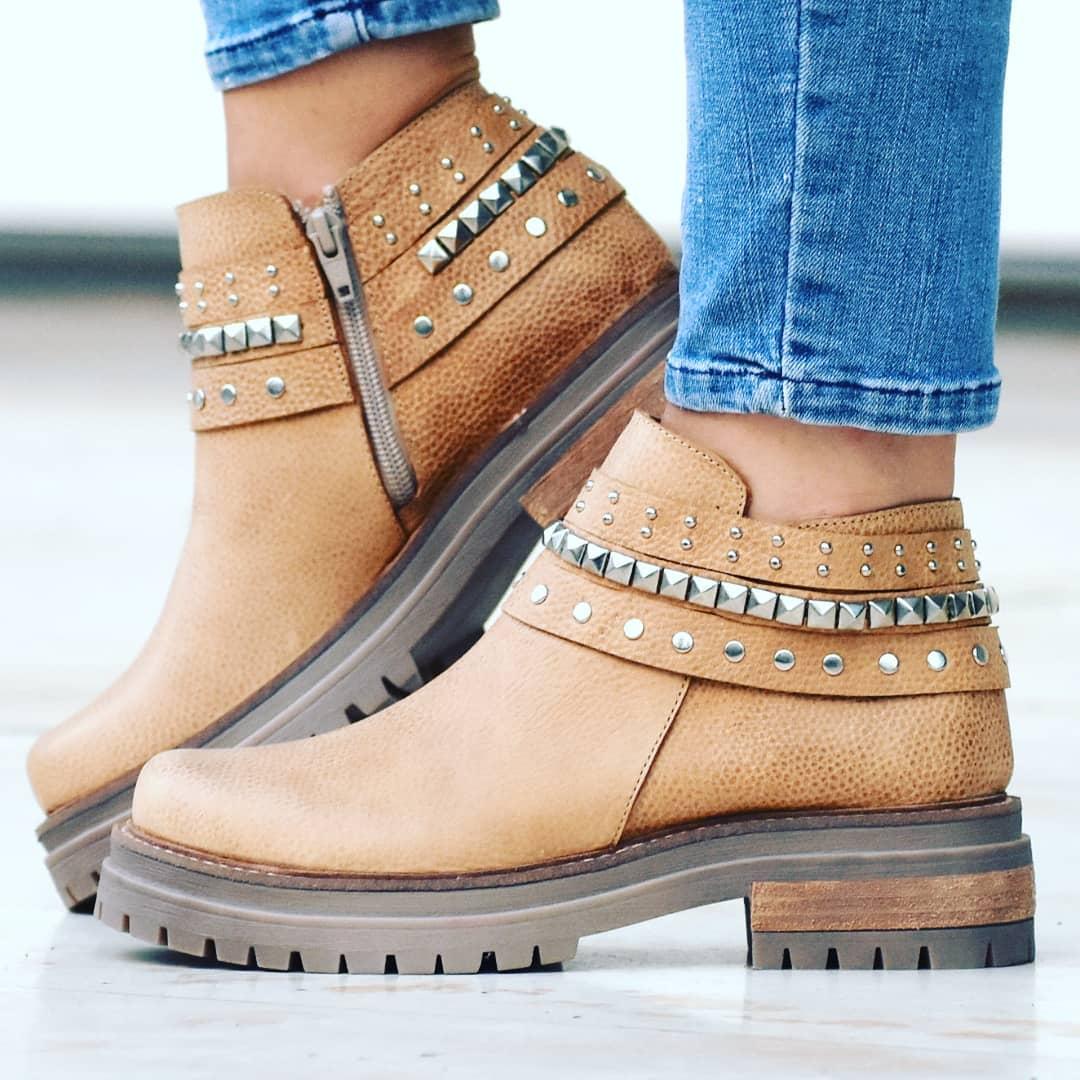 Moda invierno 2020 botas de mujer moda invierno 2020 botas de cuero.