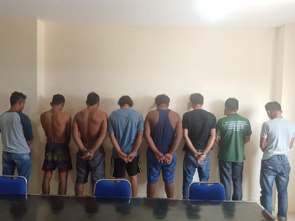 Polisi Tangkap 8 Pelaku Pembakaran Polsek Candipuro, Ada yang Perannya Live FB