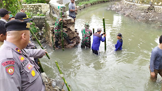 Pasca Banjir, BPBD Kabupaten Cirebon Tambal Tanggul Jebol Di Desa Gamel