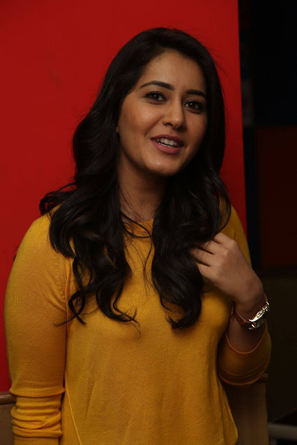 Rashi Khanna  IMAGES, GIF, ANIMATED GIF, WALLPAPER, STICKER FOR WHATSAPP & FACEBOOK