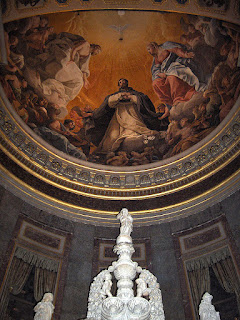Guido Reni's ceiling The Glory of San Domenico is a feature of the basilica