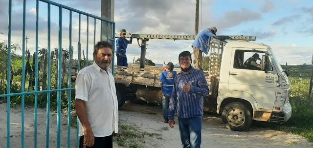 Vereador Marcelino: Acompanhando a equipe elétrica em Campo Novo zona rural de Belo Jardim, PE
