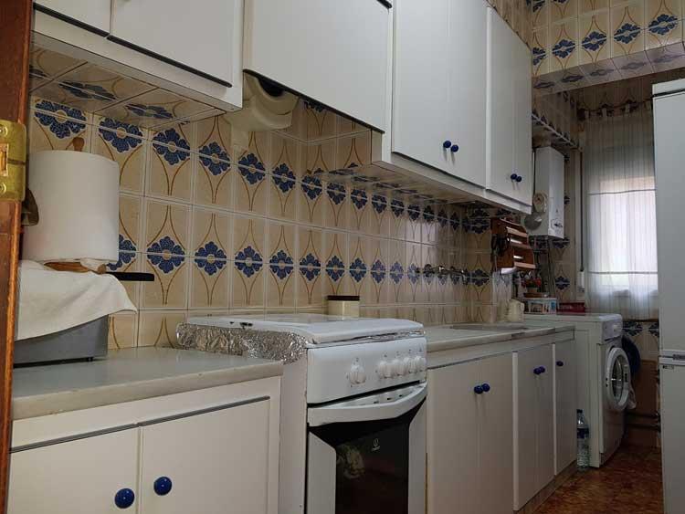 comprar piso avenida almazora castellon cocina