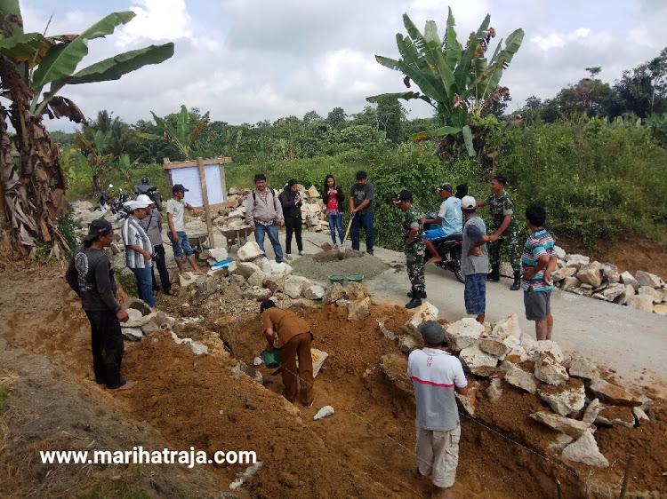 TPK Marihat Raja Selesaikan Saluran Drainase Sepanjang 200 Meeter di Huta Sagala Dolok