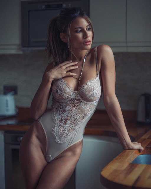 Sexy Lebanese Babes