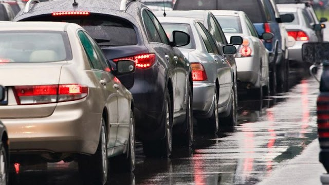 Nagy baleset történt: lezárták az M1-es autópályát, több kilométeres a dugó