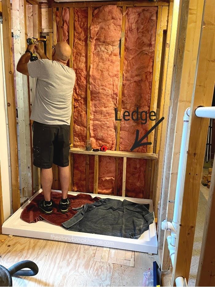 Framing ledge in shower