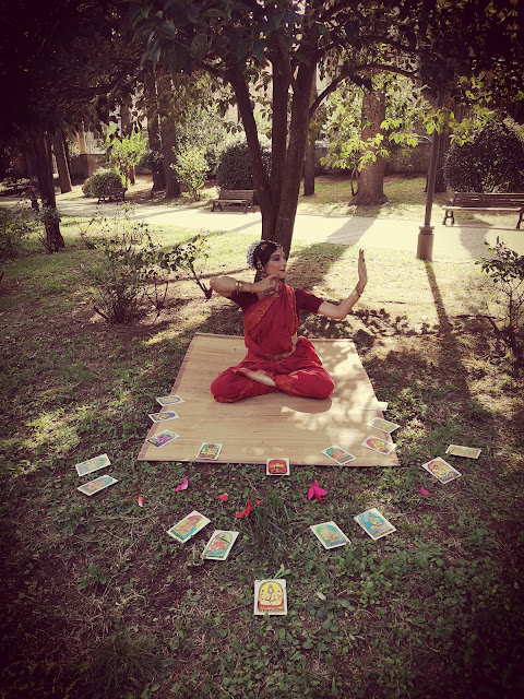 64 yogini dance tarot oracle deck performance Yogini Hirapur