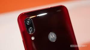 Motorola's Moto E6s Smartphone : Cameras