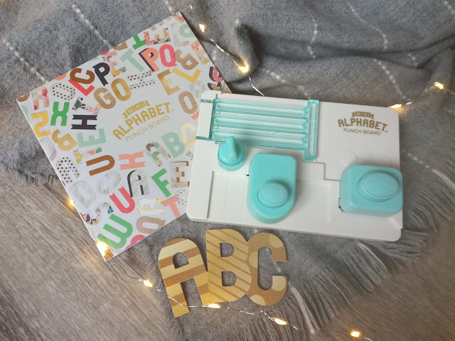 Mini ABC Punch Board de We R Memory Keepers