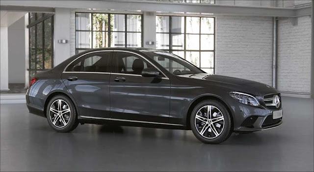 Đánh giá Mercedes C180 2021