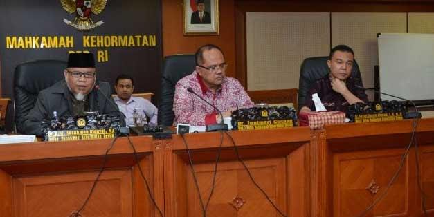 MKD DPR RI: Pidato Viktor Penghinaan Berat,Terancam Dipecat