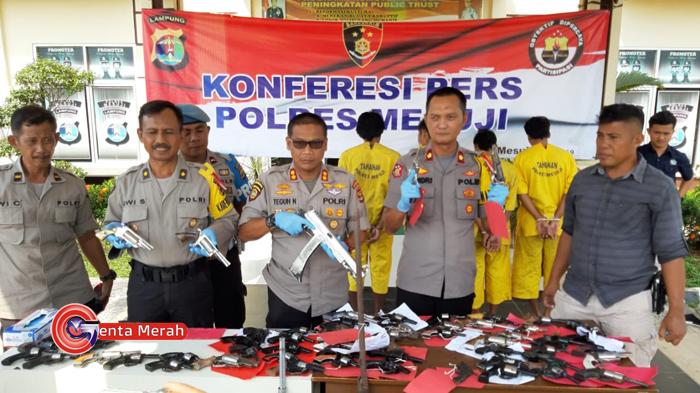 Dua Pekan Ops Krakatau, Polres Mesuji Amankan 58 Pucuk Senjata Api Rakitan