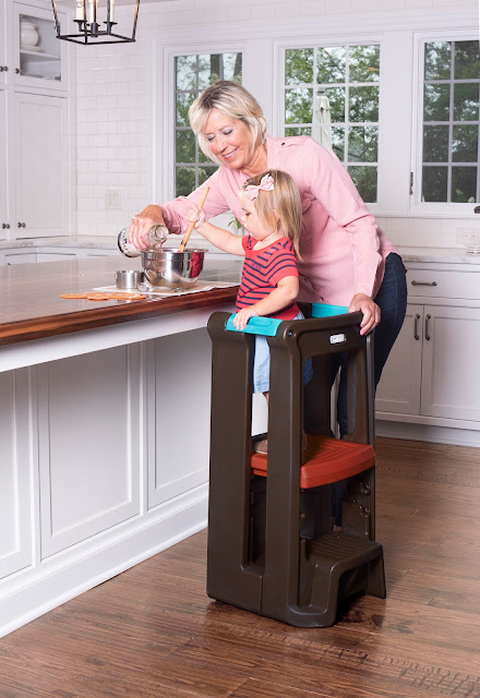 Simplay3 Toddler Tower Adjustable Stool Giveaway #SimplayFun