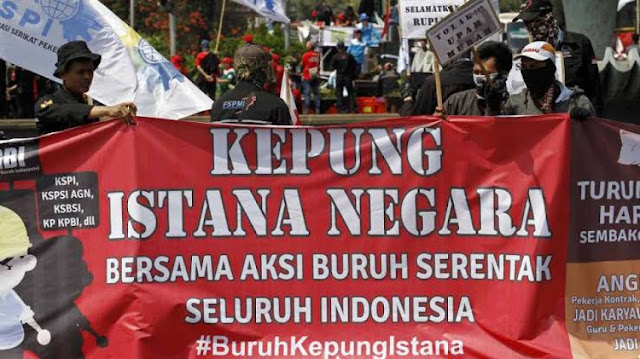 Buruh Menunggu Tanggungjawab Jokowi Atas UU Cipta Kerja