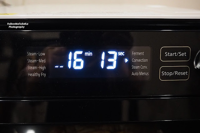 Roast the chicken wings on Convection with Preheat at 230oC for 20 – 30 minutes