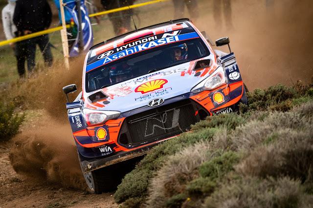Dani Sordo sliding sideways in Rally Sardinia