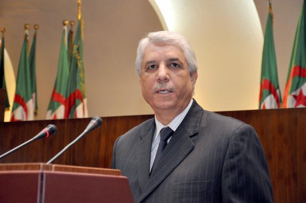 مناصب الوظيف العمومي تشترط الجنسية الجزائرية في القوانين السارية ديسمبر 2016