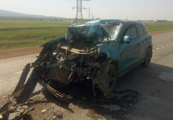 В Мелеузовском районе легковушка столкнулась с КамАЗом