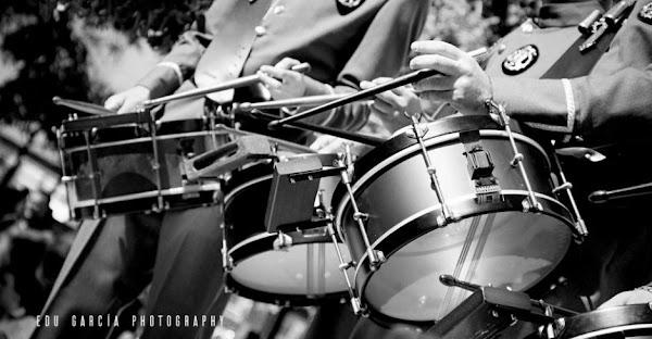 """La Centuria Macarena y Esencia acuerdan su fusión para crear """"una banda de cornetas y tambores potentísima"""""""