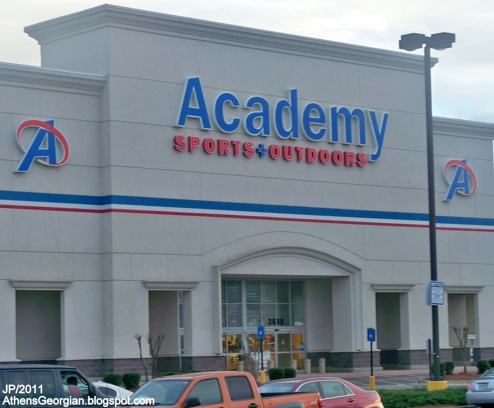 academy sports athens georgia outdoors ga atlanta fire highway retail hospital uga