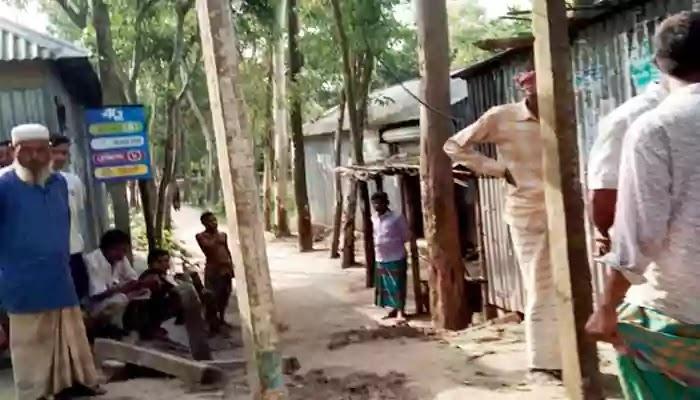কালিহাতীতে সরকারি রাস্তা দখল করে ঘর নির্মানের অভিযোগ