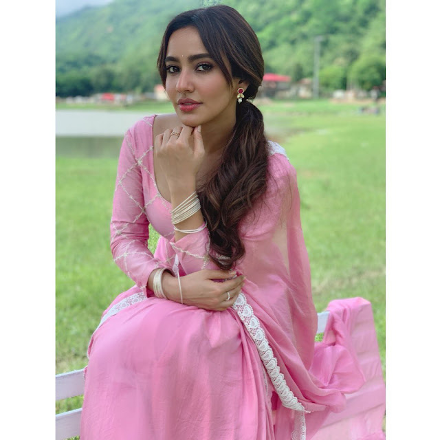 Neha Sharma (Indian Actress) Wiki, Age, Height, Family, Career, Awards, and Many More