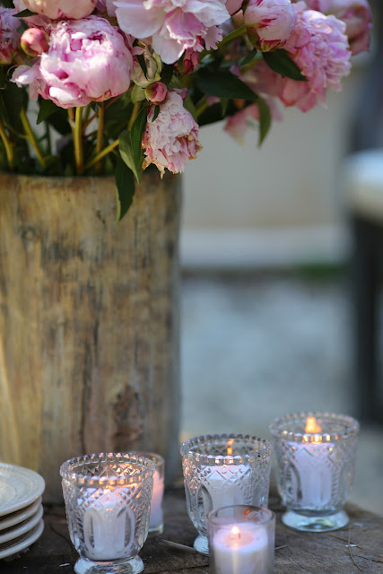 French Country Fridays- English garden patio and giveaway