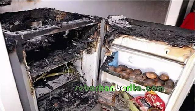 Mengecas Hp dan Meletakkannya Di Atas Kulkas , Hp Wanita Ini Meledak Dan Membakar Kulkasnya.