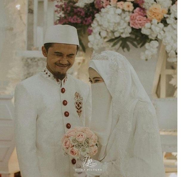 Foto Pengantin Muslimah Bercadar