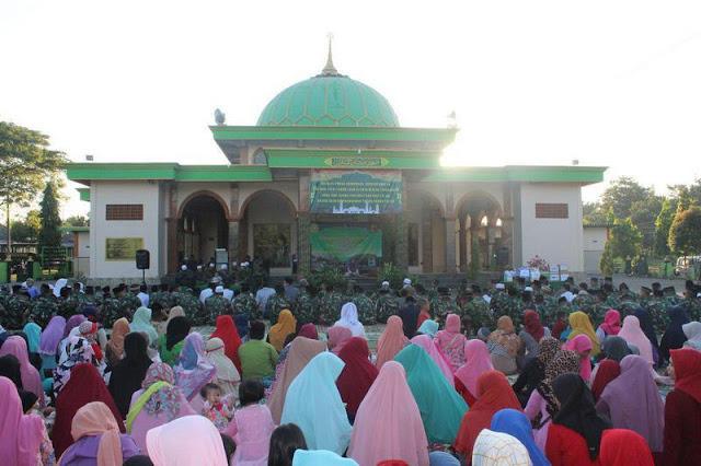 Isi Giat Ramadhan, Yonkav 8 Kostrad Adakan Tadarus Al Qur'an di Pasuruan