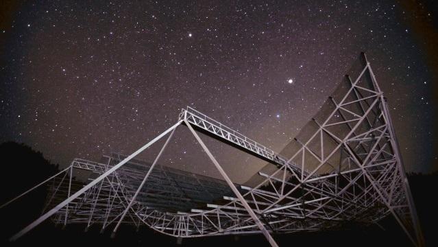 Radiotelescópio CHIME/Reprodução