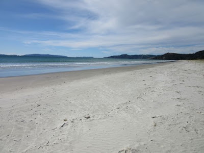 Playa de Matarangi, Península de Coromandel, Nueva Zelanda