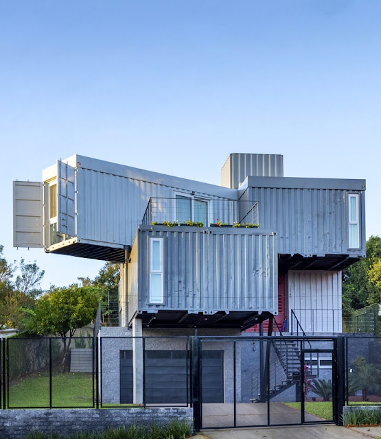 Casa Conteiner RD - 350 sqm Two Story Shipping Container Home, Brazil 26