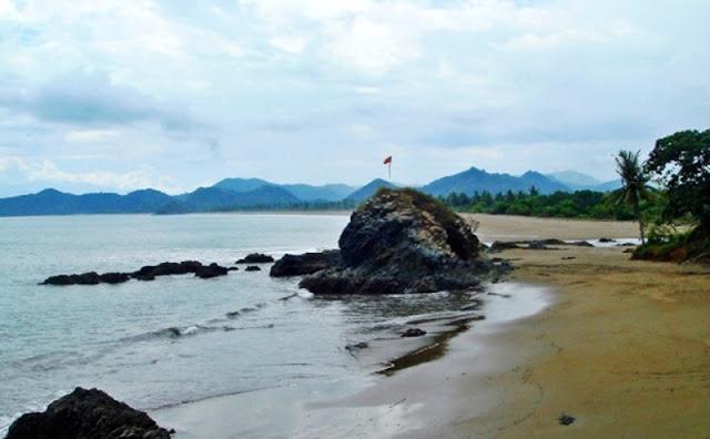 Pantai di sumbawa