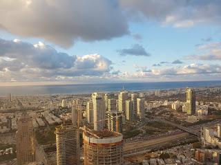 """עו""""ד נועם קוריס תל אביב"""