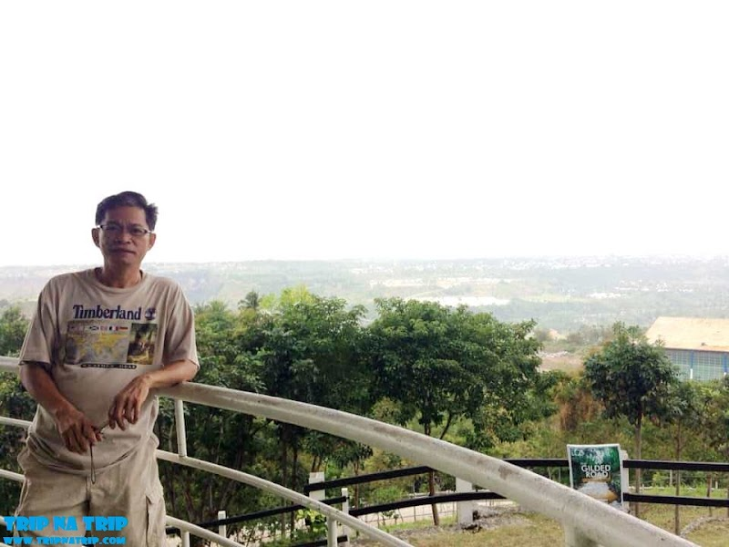 Relaxing View Over the City - Ultra Winds View Deck CDO