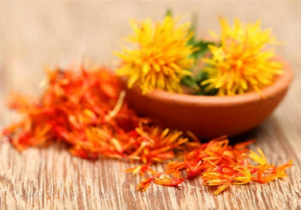 What are the benefits of safflower for the skin