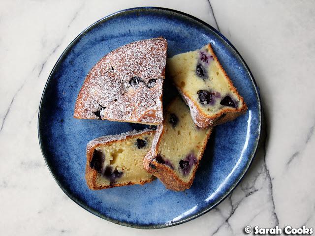 Little Lemon and Ricotta Blueberry Cake
