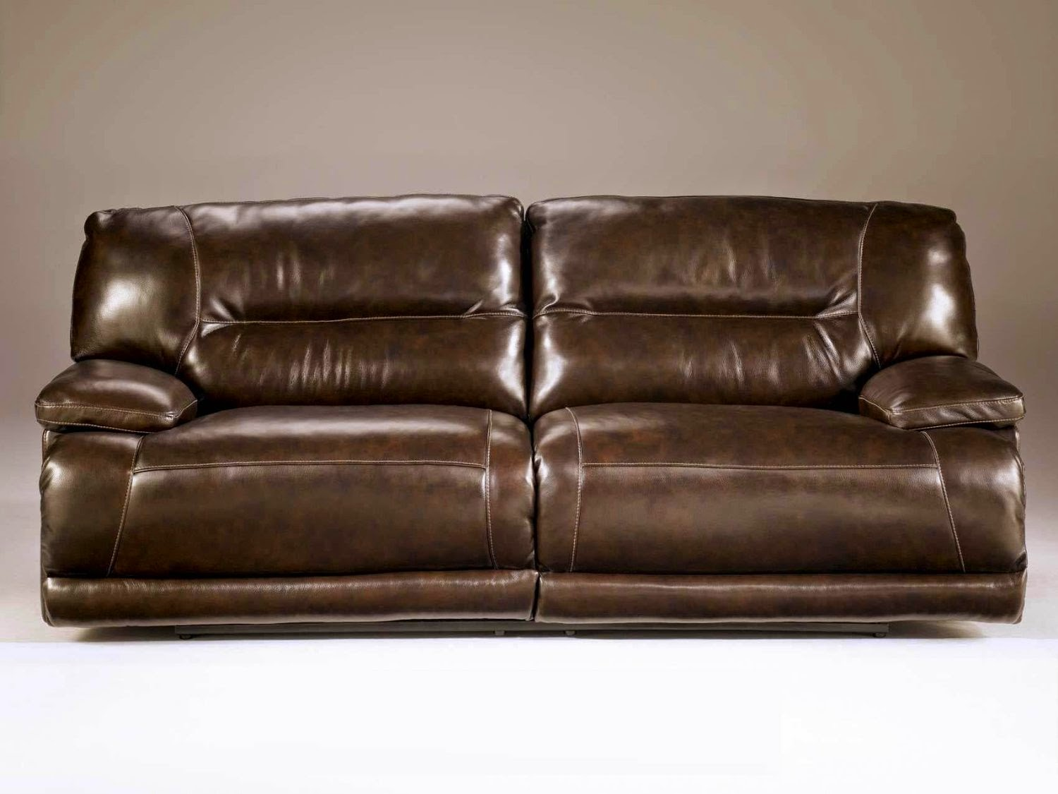 The best reclining leather sofa reviews seth genuine leather power reclining sofa review Leather loveseat recliners