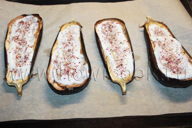 рецепт баклажанов с йогуртовым соусом и гранатом с пошаговыми фото