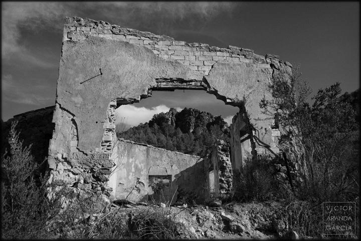 fotografia,murcia,arquitectura,puerto-de-la-cadena,casa,ruina,arco,paisaje