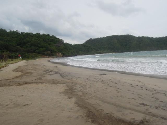 Beach at the Pico de Loro Beach & Country Club