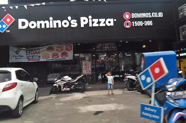 Lowongan Kerja Delivery Man, Production Staff dan Cashier Domino's Pizza Area Cilegon